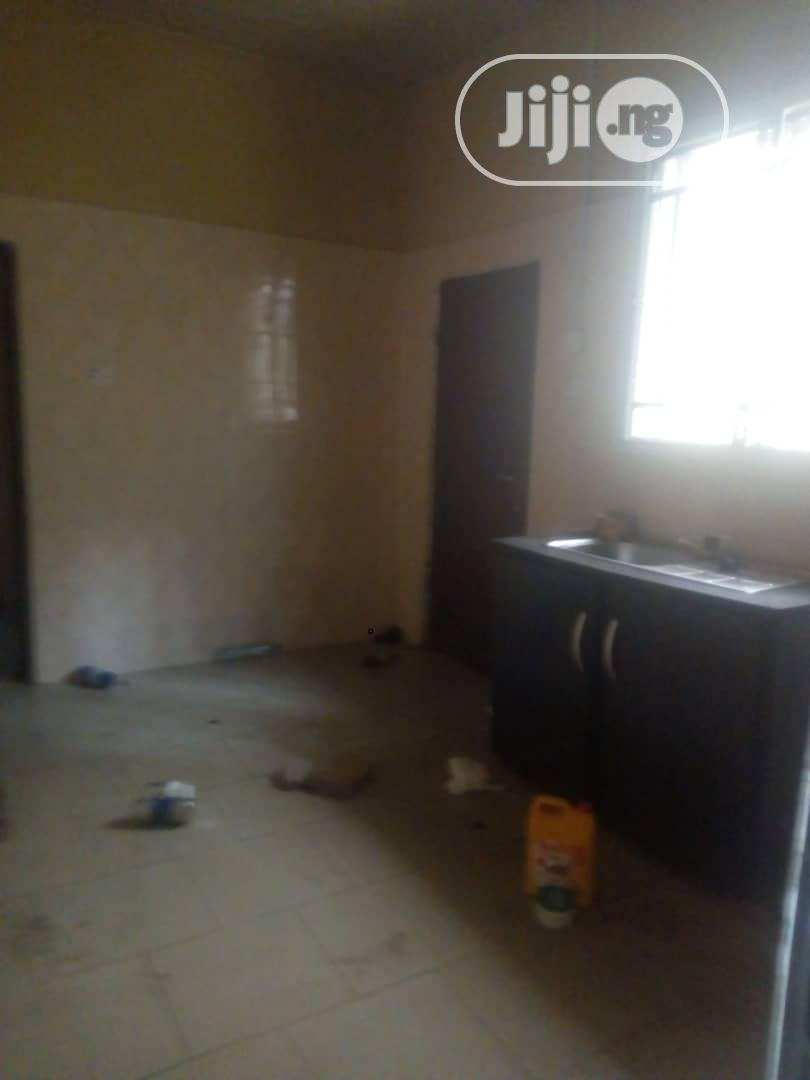Very Spacious 2bedroom Flat At Mayfair Gardens Awoyaya