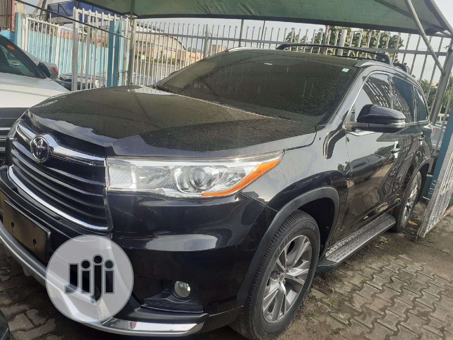 Toyota Highlander 2015 Black