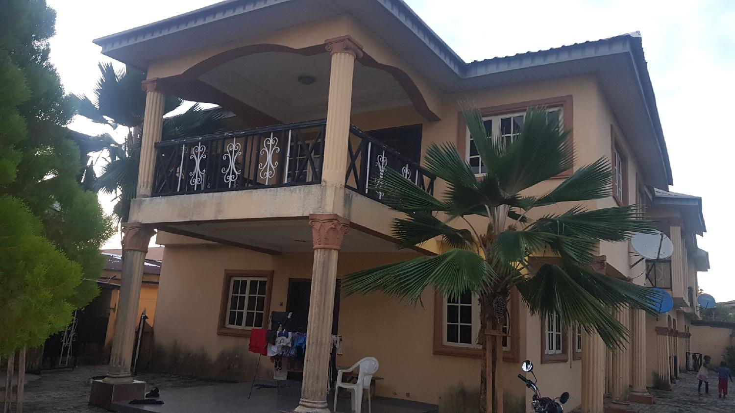 Well Finished 4 Bedroom Luxury Main Duplex With 4 More Flats