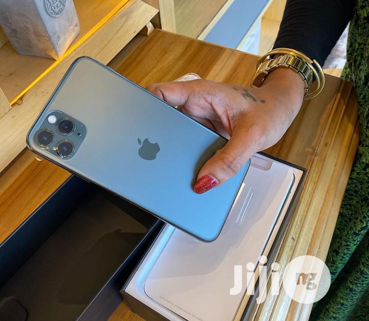 New Apple iPhone 11 Pro Max 512 GB Black