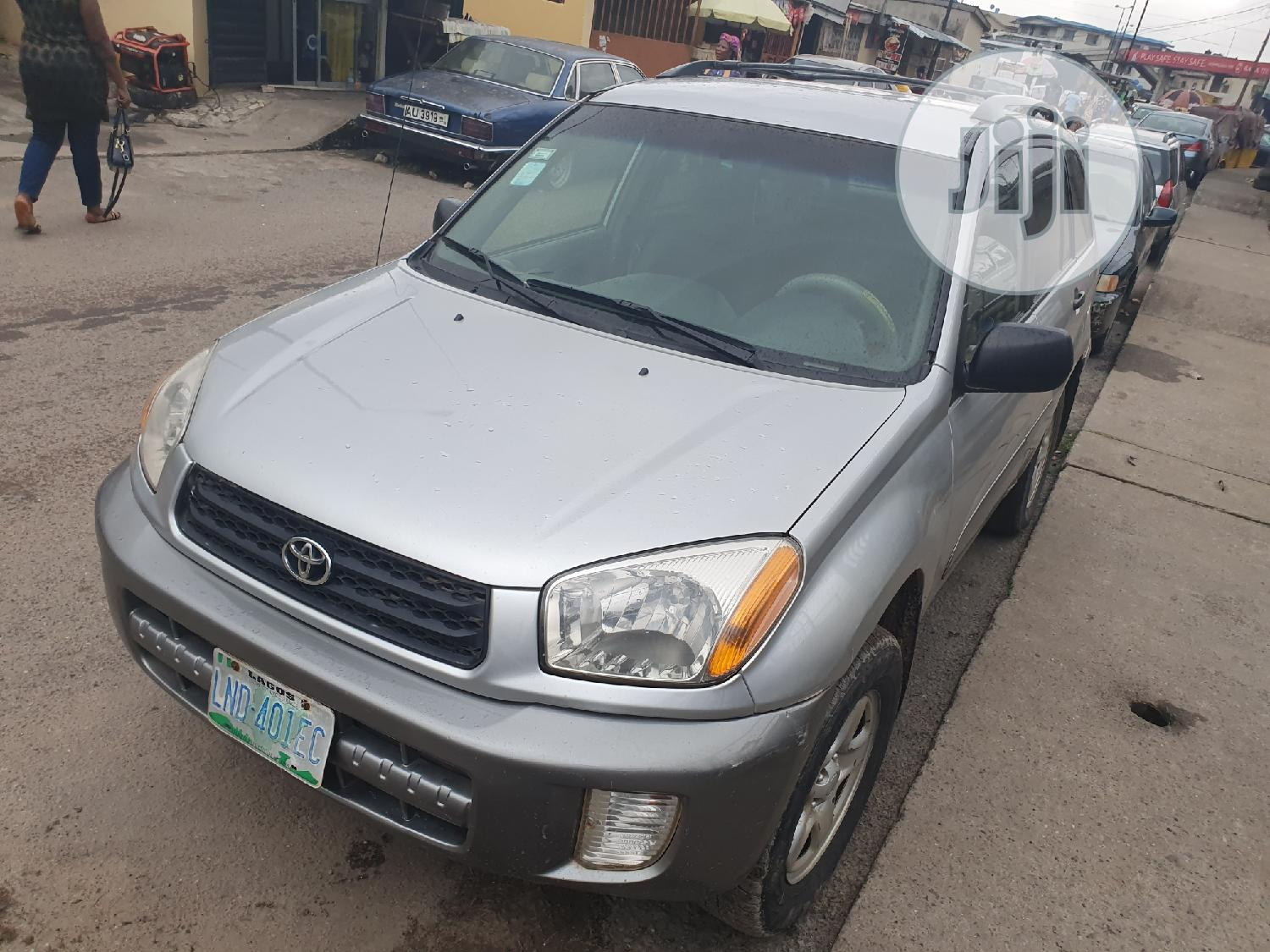 Toyota RAV4 2003 Automatic Silver | Cars for sale in Surulere, Lagos State, Nigeria