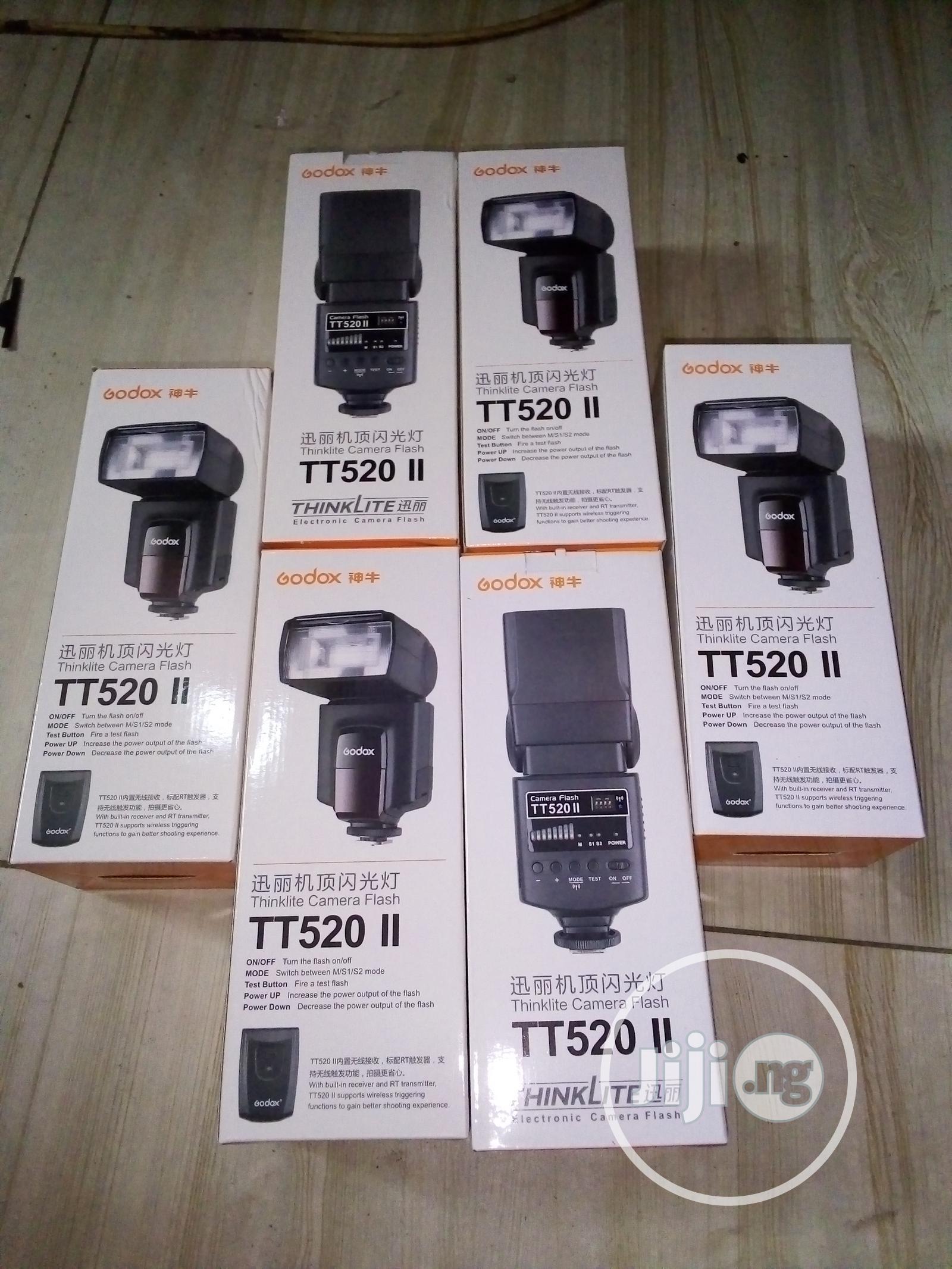 TT520 Speedlite