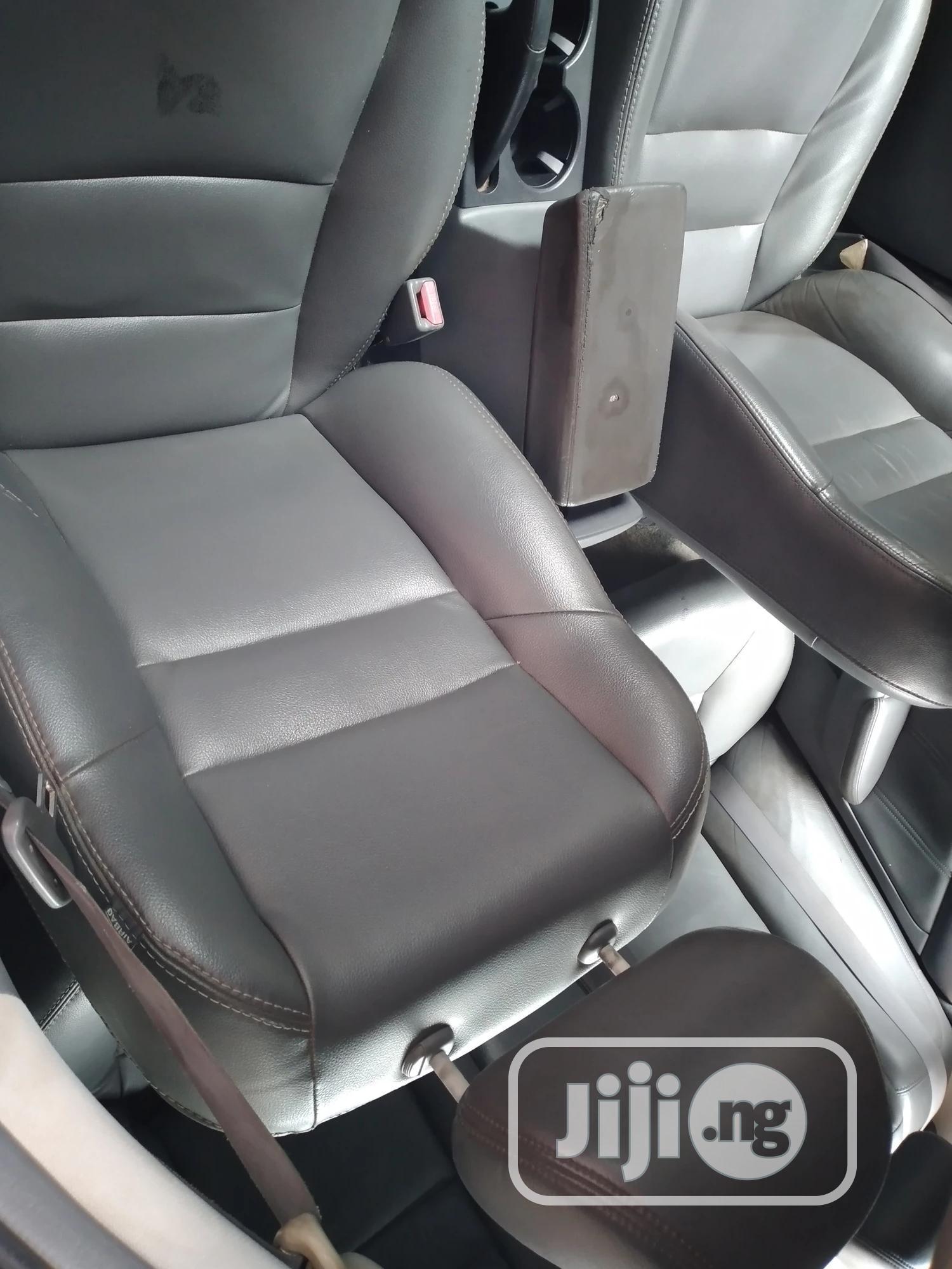 Archive: Honda Accord 2006 2.0 Comfort Blue