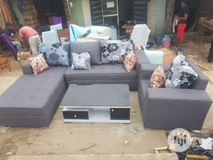 L Shape With Single Center Table   Furniture for sale in Lagos State, Oshodi