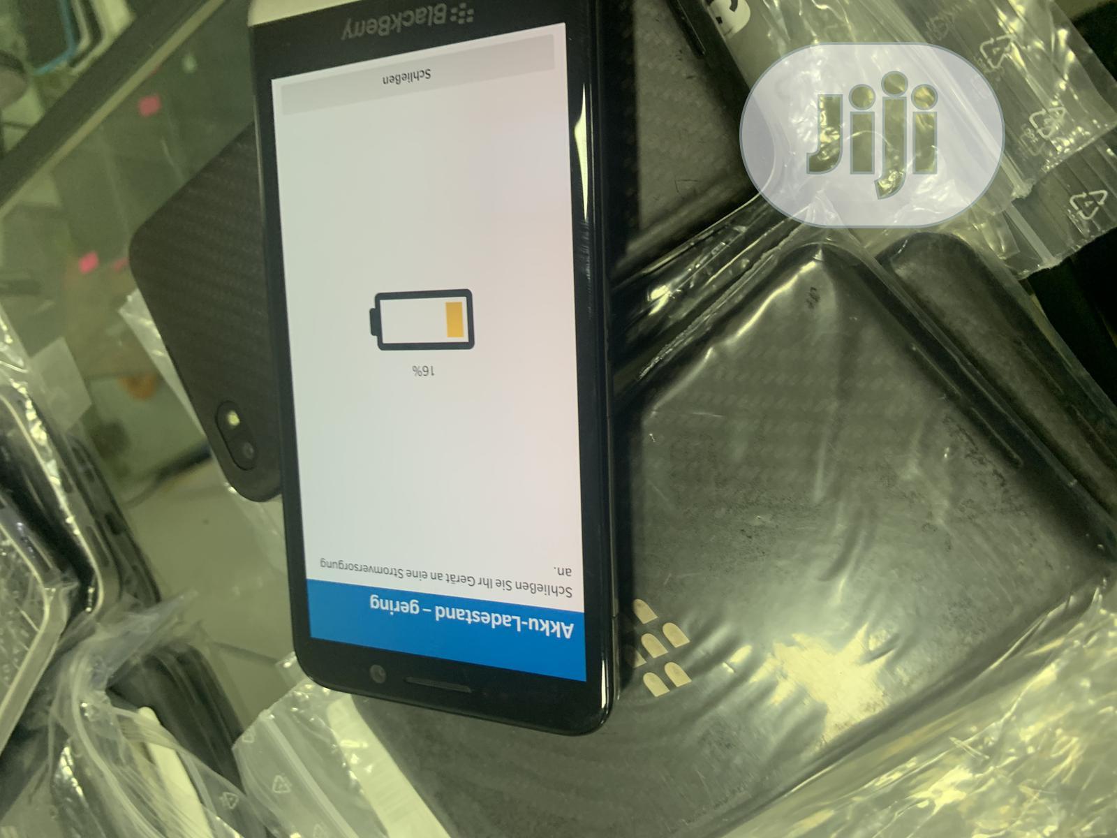 BlackBerry Z30 16 GB Black | Mobile Phones for sale in Ikeja, Lagos State, Nigeria