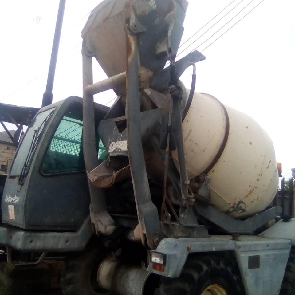 Defrent Concrete Mixer For Sale. Very Strong Machine.