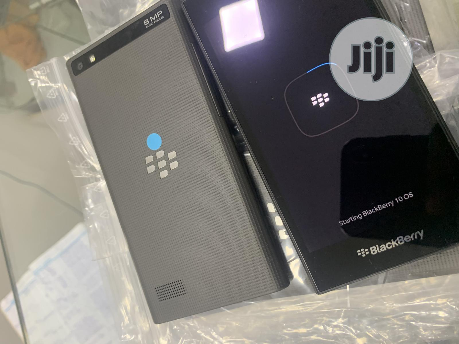 BlackBerry Leap 16 GB Black | Mobile Phones for sale in Ikeja, Lagos State, Nigeria