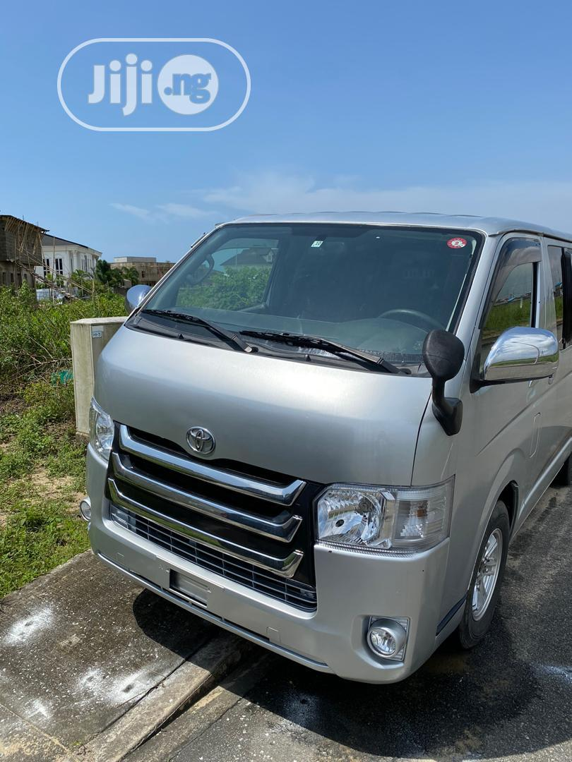 Toyota Hiace 2013 Silver