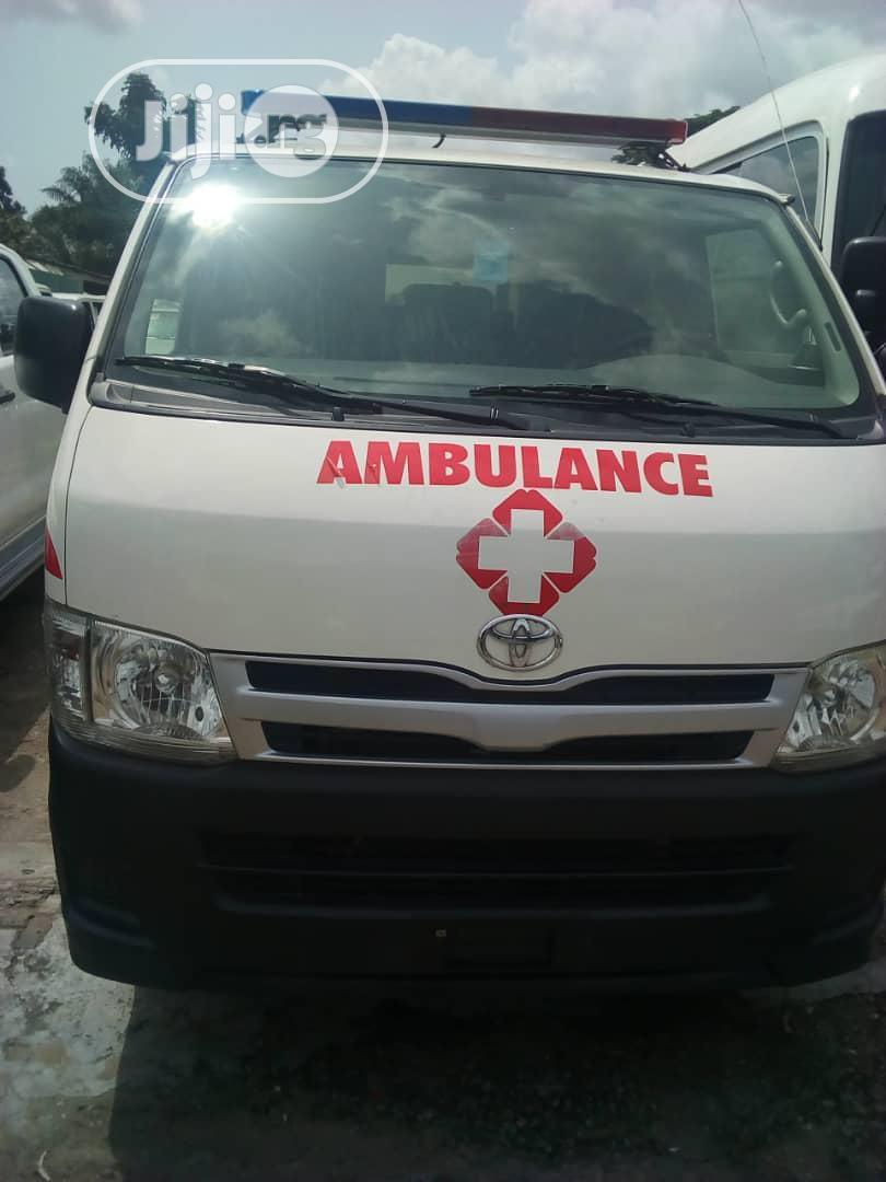 Toyota Hiace Bus Ambulance