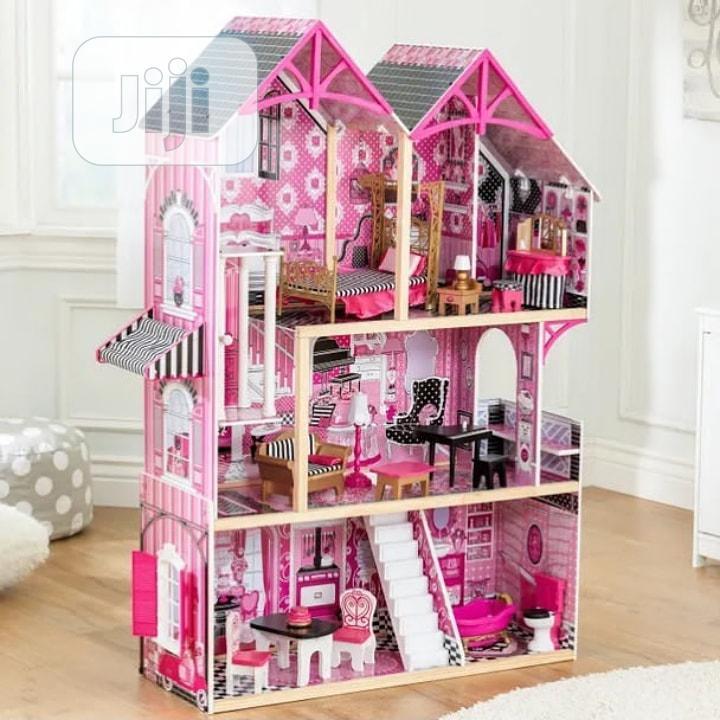 Barbie Dool House With One Free Barbie Doll