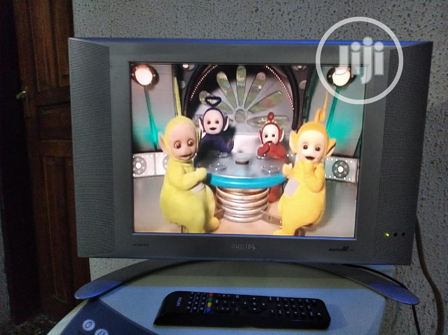 Archive: Original 17inches Philips Lcd Tv.