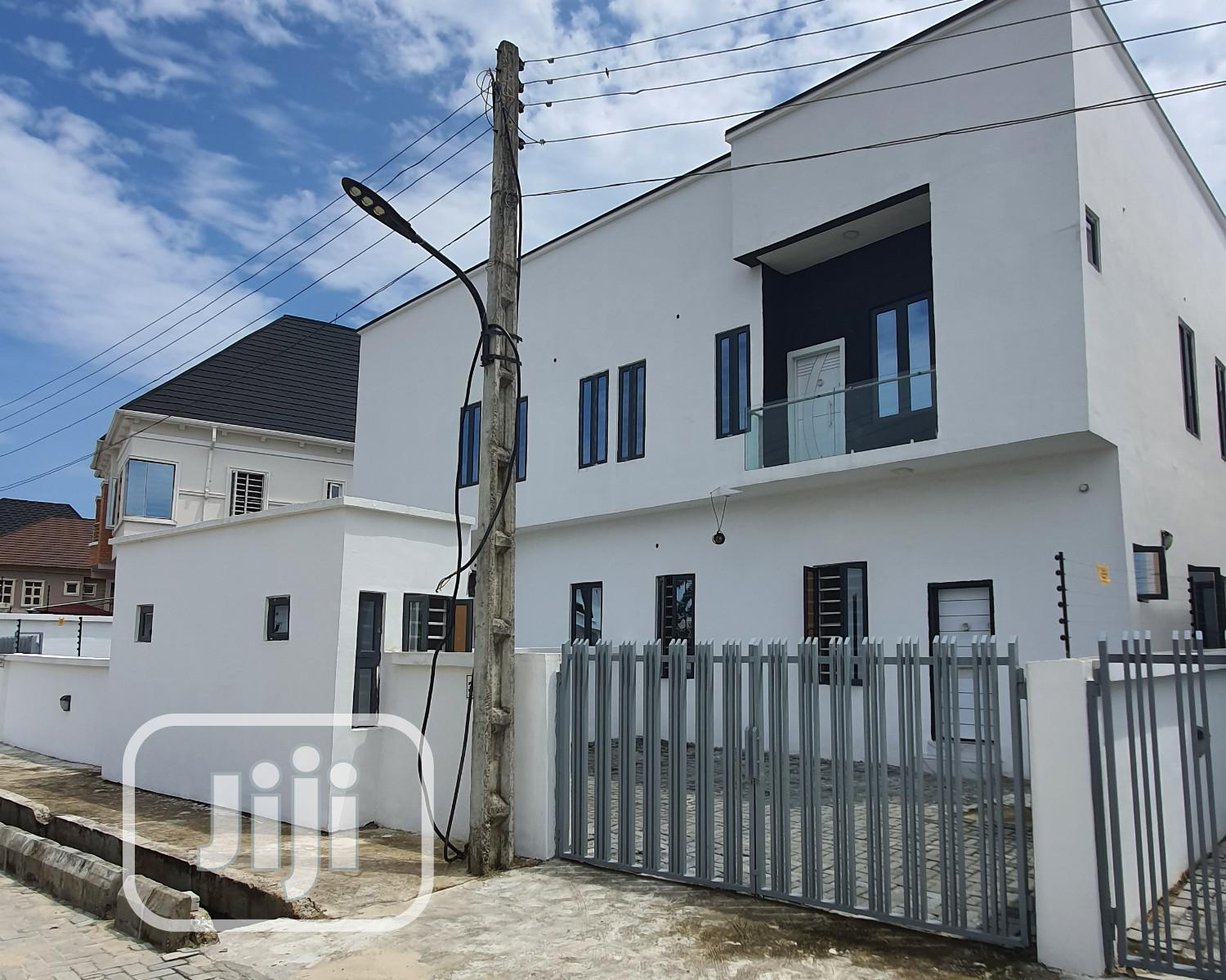 4BEDROOM Spaciousduplex Beautifully Built With Amazing Color