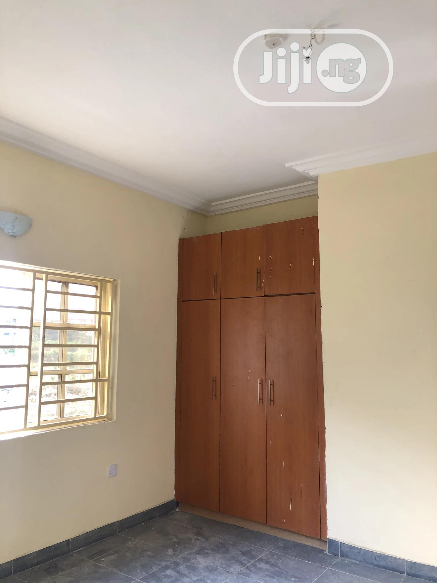 2 Bedroom Flat For Sale At 1st Avenue Gwarinpa | Houses & Apartments For Sale for sale in Gwarinpa, Abuja (FCT) State, Nigeria