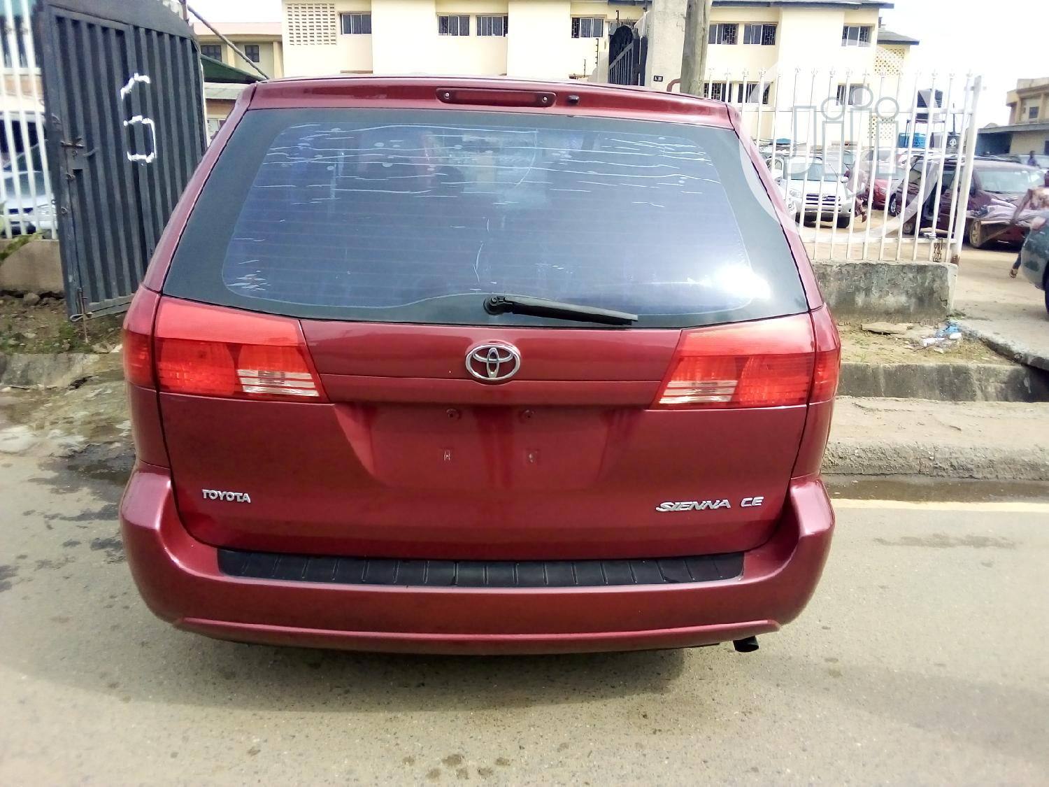 Toyota Sienna 2004 Red | Cars for sale in Ikeja, Lagos State, Nigeria