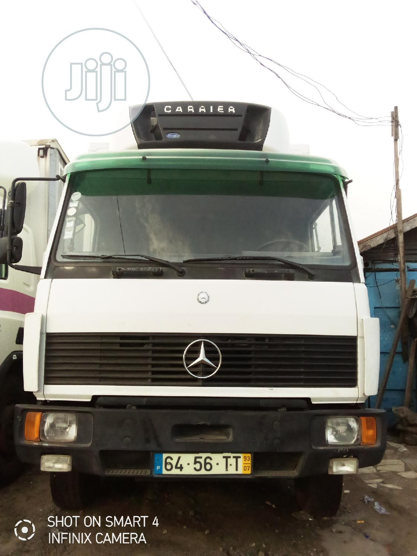 Archive: Mercedes Cooling Van 2004
