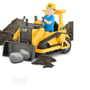 Kid Trax CAT Bull Dozer 12-Volt Battery Operated Ride-On | Toys for sale in Lagos State, Ajah