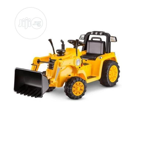 Kid Trax CAT Bull Dozer 12-Volt Battery Operated Ride-On | Toys for sale in Ajah, Lagos State, Nigeria