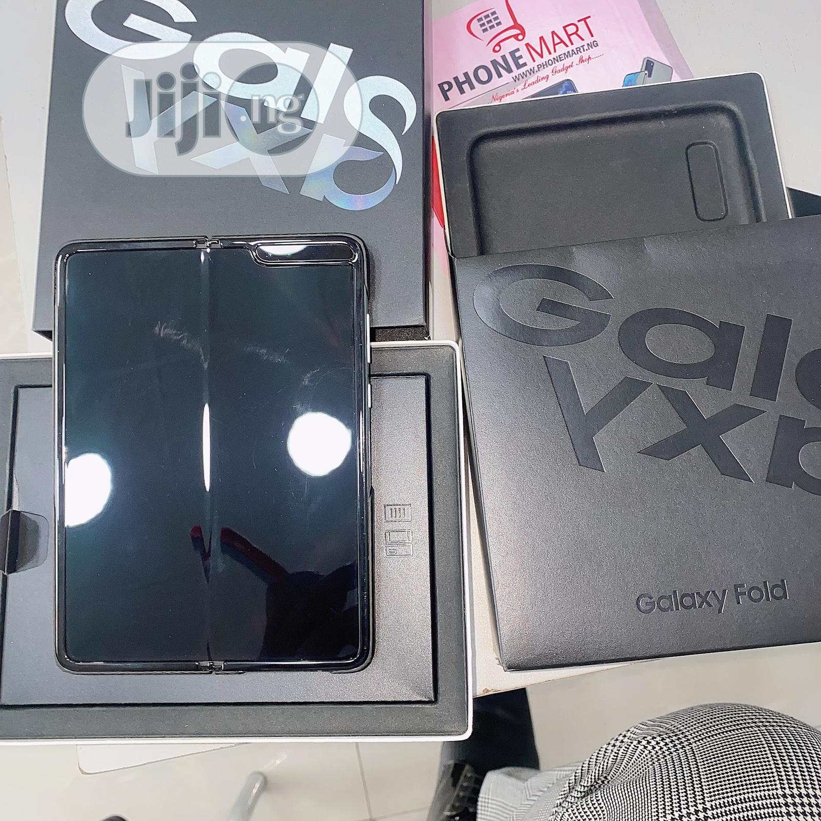 Samsung Galaxy Fold 5G 512GB Silver | Mobile Phones for sale in Ikeja, Lagos State, Nigeria