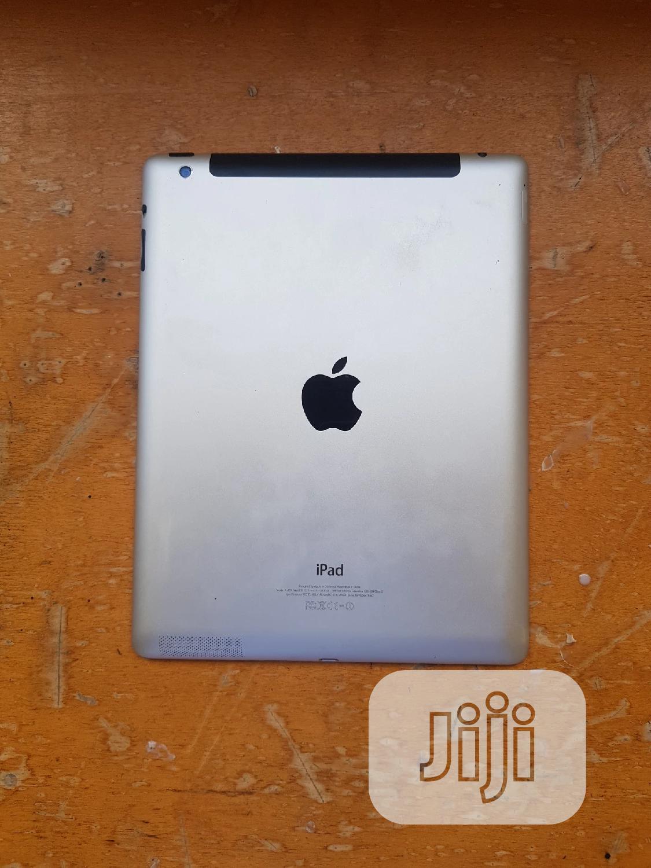 Apple iPad 4 Wi-Fi + Cellular 64 GB Silver