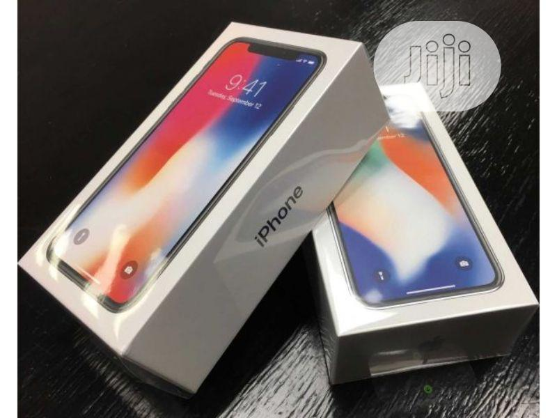 New Apple iPhone X 64 GB Black