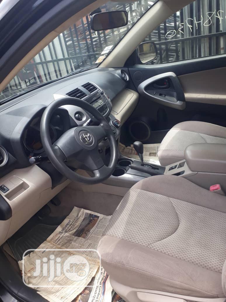 Archive: Toyota RAV4 2008 Black