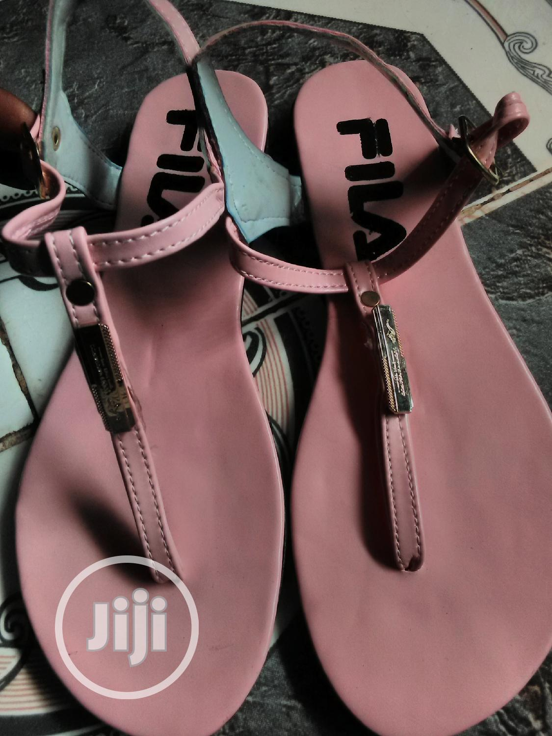 Archive: Female Flat Slippers