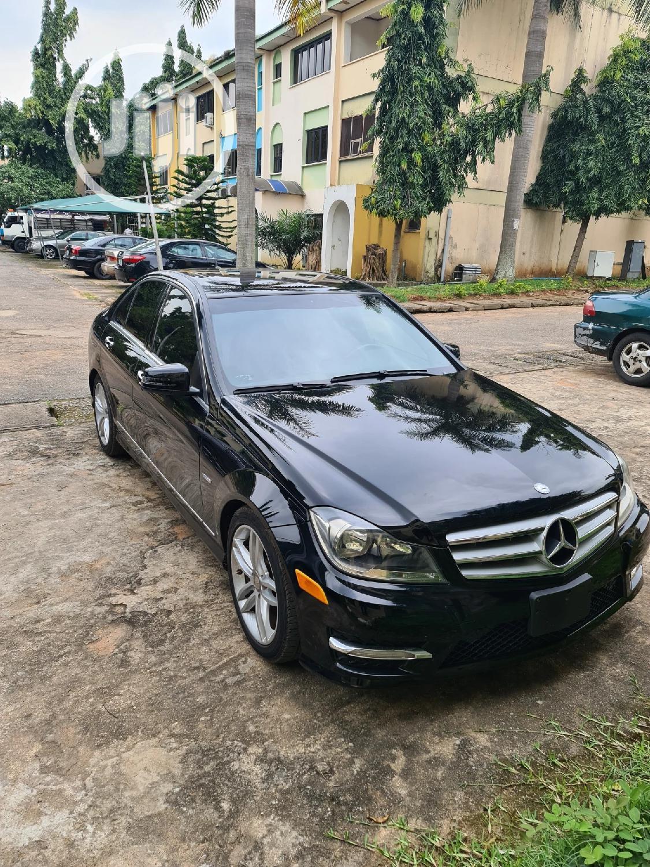 Mercedes-Benz C250 2012 Black