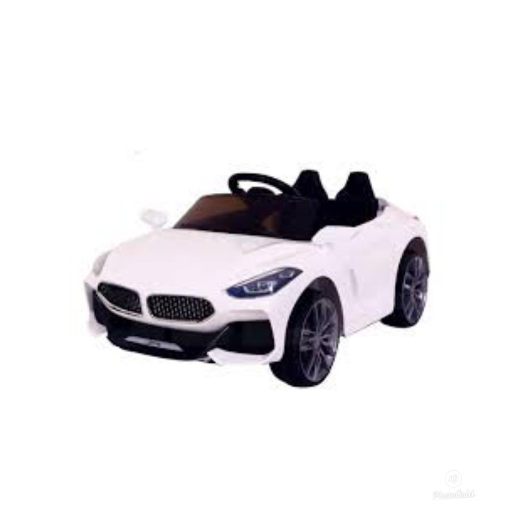 Automatic Electronic Toy Car