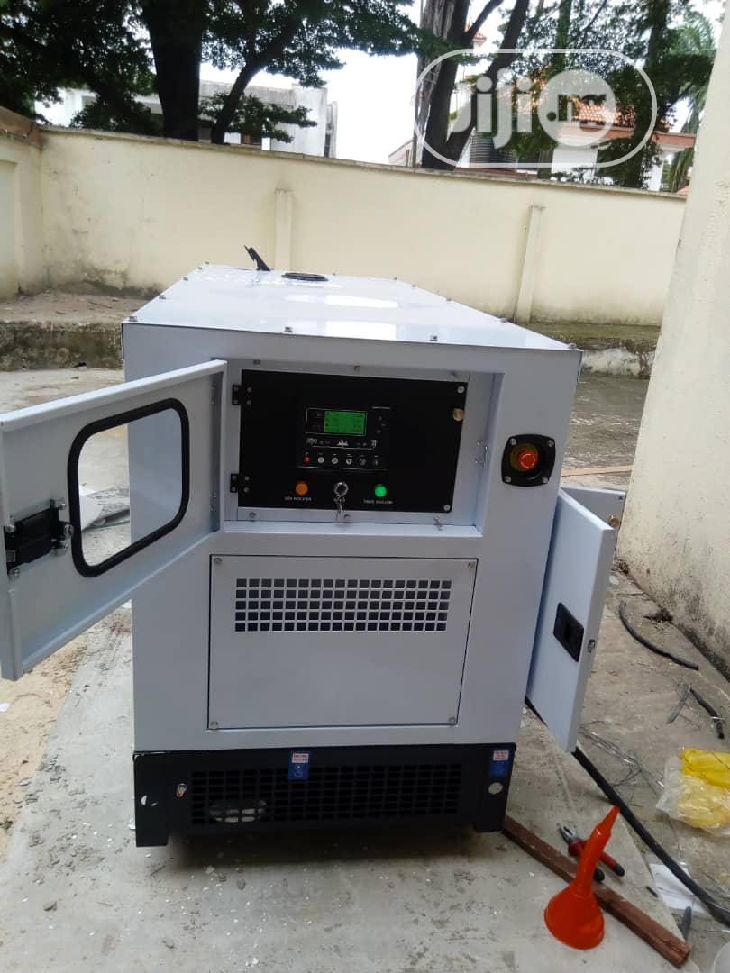 300kva Perkins Soundproof Generator