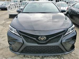 Toyota Camry 2018 SE FWD (2.5L 4cyl 8AM) Black | Cars for sale in Rivers State, Port-Harcourt