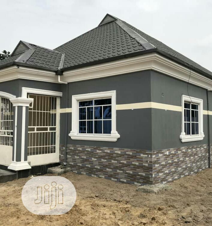 4bedroom Bungalow On 1 Plot Of Land In Eneka Going For 25m