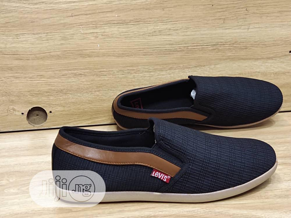 Levis Sneakers | Shoes for sale in Lagos Island (Eko), Lagos State, Nigeria