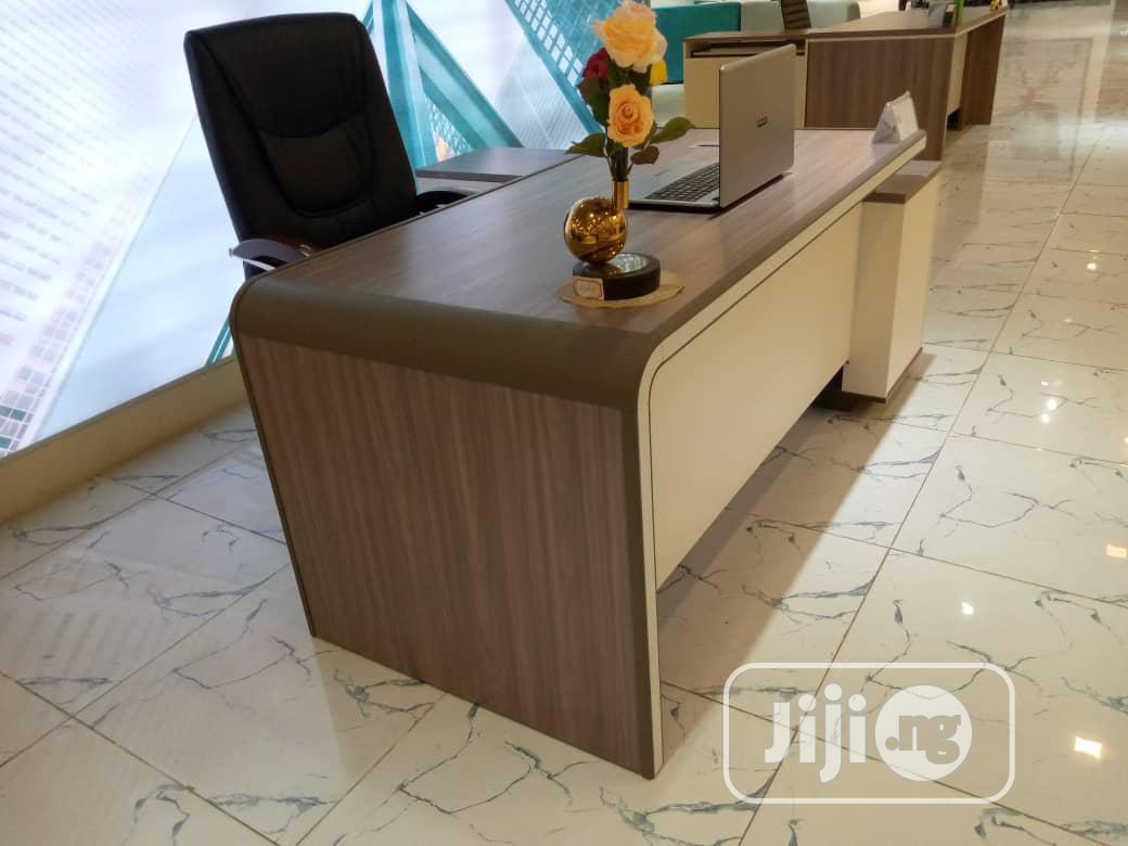 Executive Executive Table