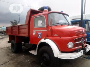 Mercedes-benz 911 2004 Red | Trucks & Trailers for sale in Lagos State, Apapa