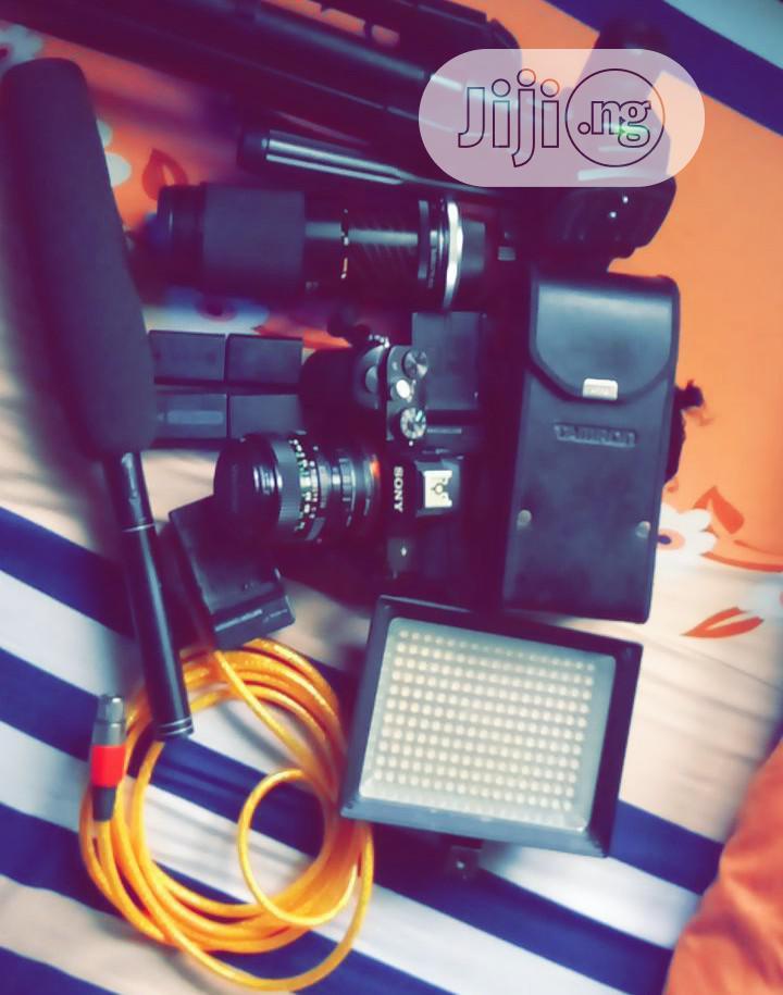 SONY A7 Full Frame 24.3 Mega Pix