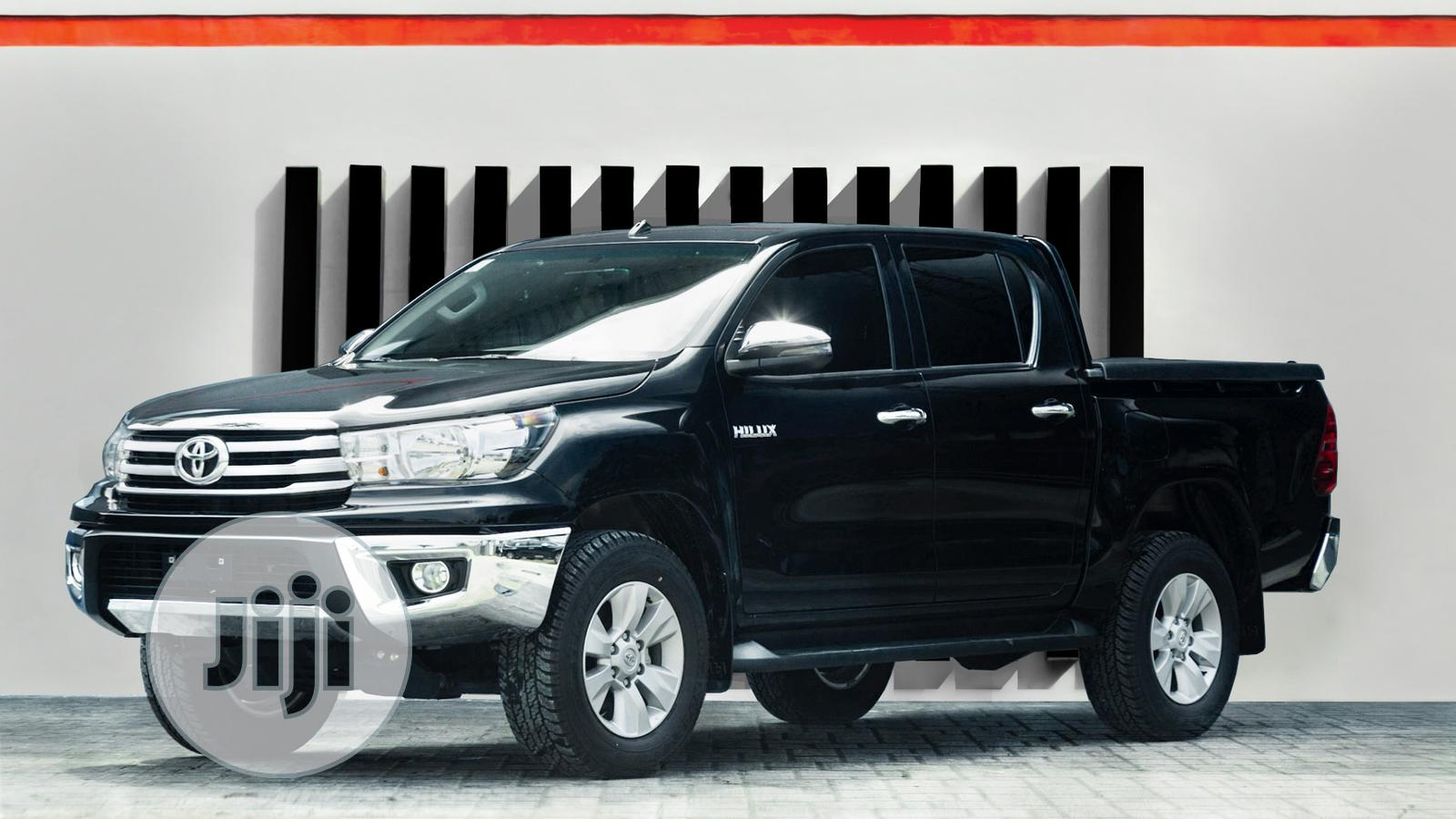 New Toyota Hilux 2019 SR5 4x4 Black | Cars for sale in Ikoyi, Lagos State, Nigeria