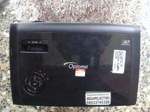 Clean Epson Projector For Sale   TV & DVD Equipment for sale in Rivers State, Port-Harcourt