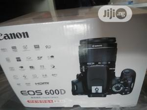 CANON EOS 600D Professional Camera | Photo & Video Cameras for sale in Lagos State, Ikeja