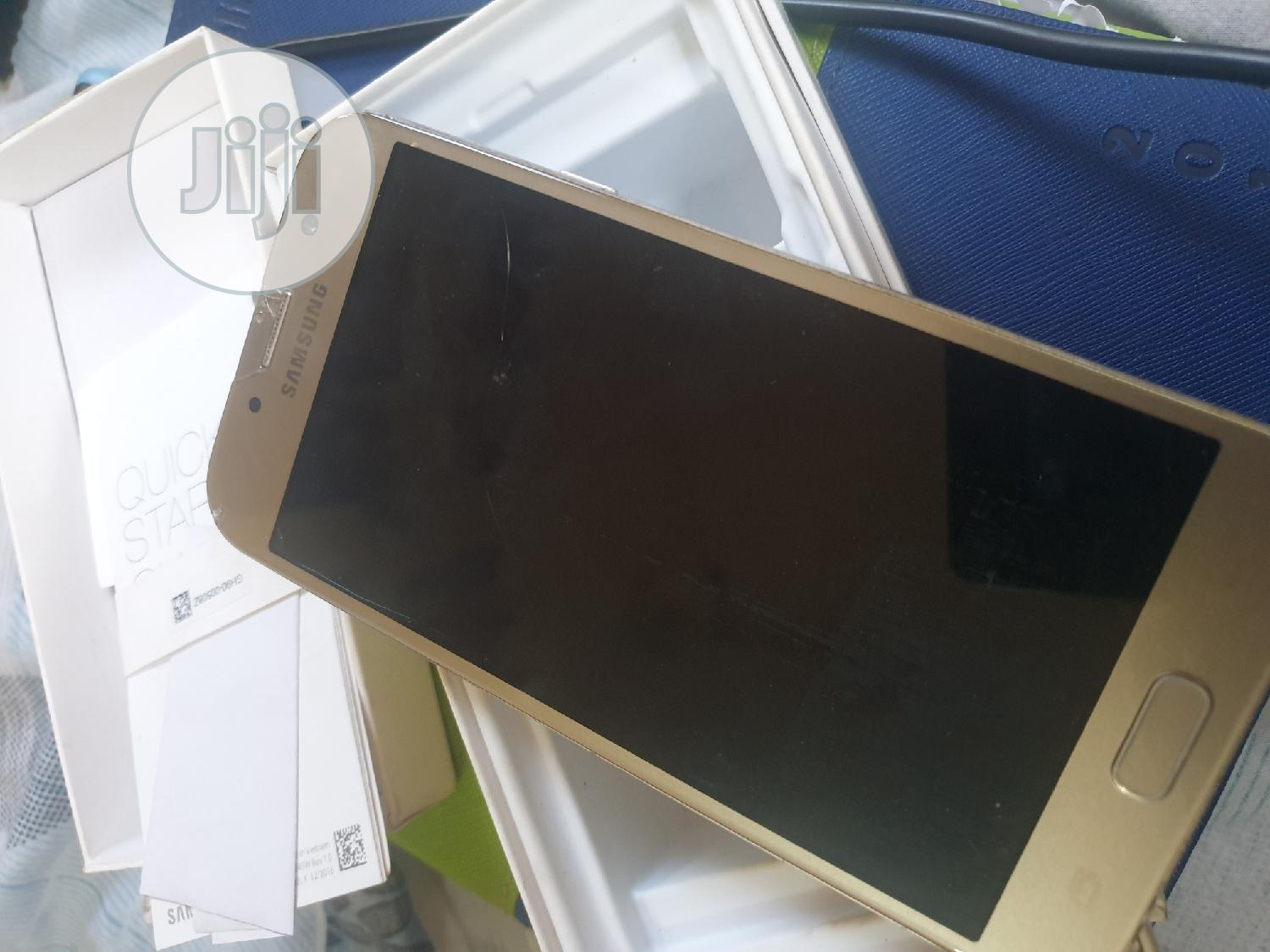 Samsung Galaxy A7 Duos 16 GB Gold | Mobile Phones for sale in Awka, Anambra State, Nigeria