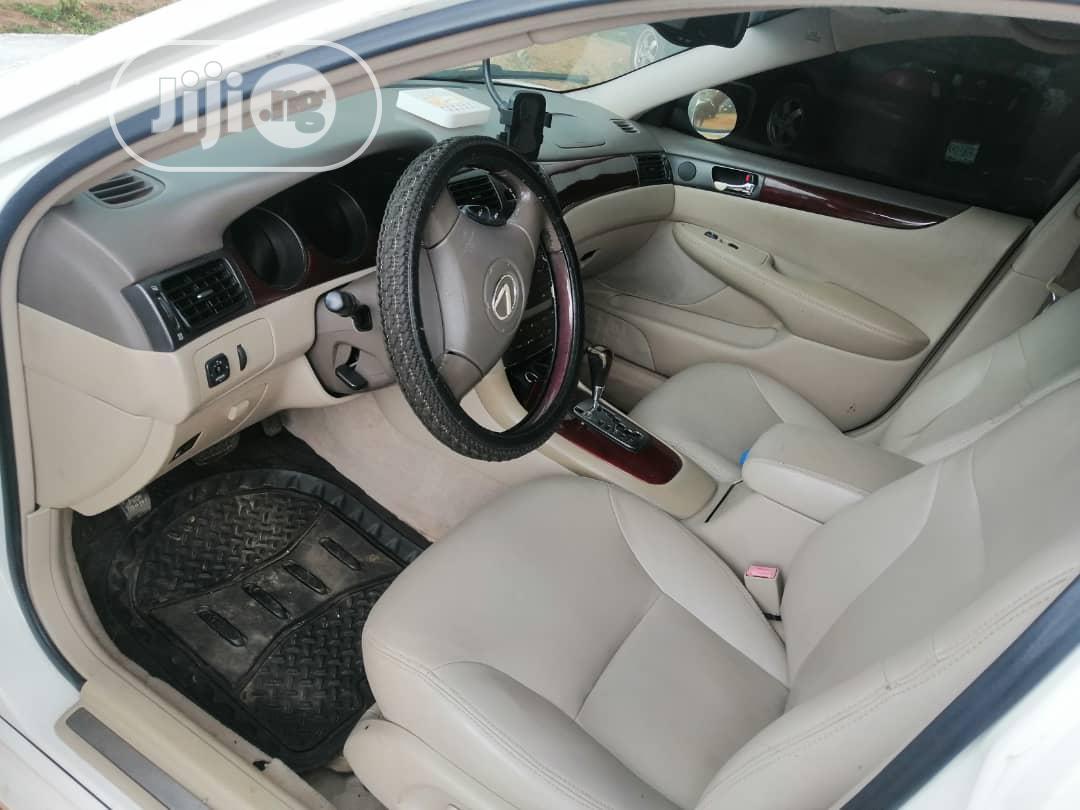 Archive: Lexus ES 2004 White