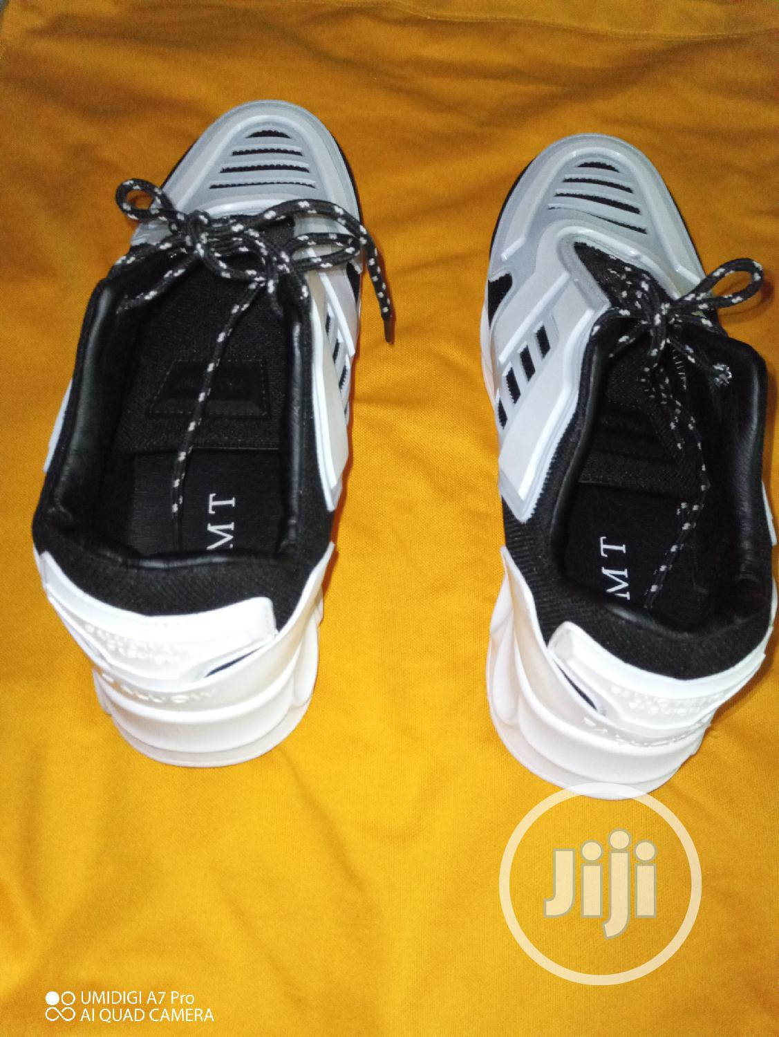 Archive: New Canvas Shoe for Sale