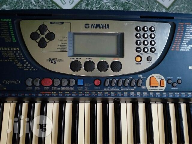 Yamaha PSR-270 Keyboard