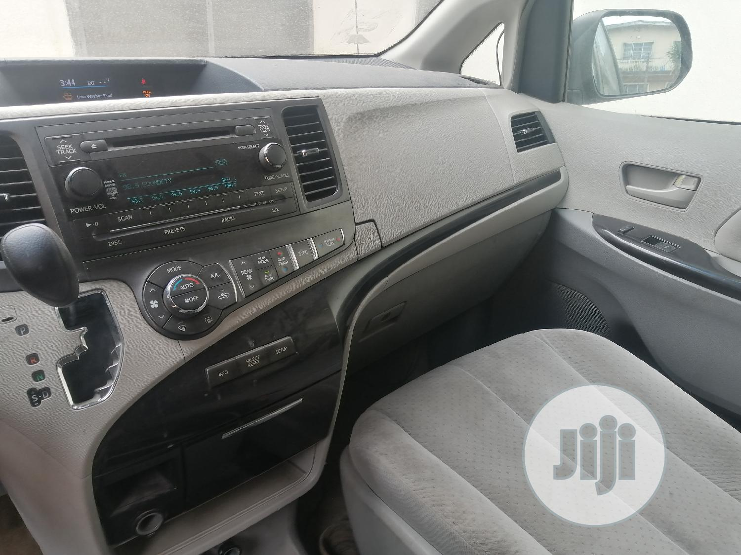 Toyota Sienna 2014 Red | Cars for sale in Apapa, Lagos State, Nigeria