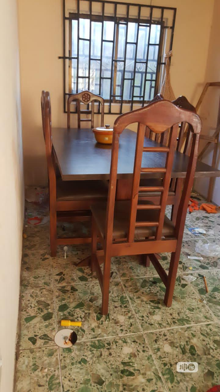 Archive: Dinning Table Set With 6 Chair