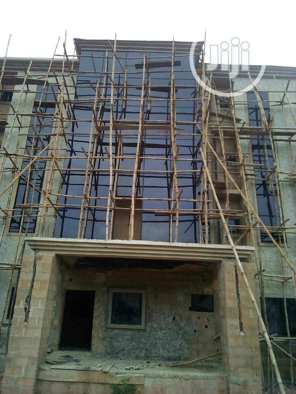 Structural Curtain Walls