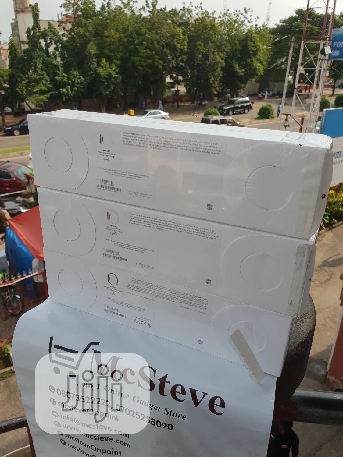 Apple Watch Series 4 44MM GPS | Smart Watches & Trackers for sale in Wuse 2, Abuja (FCT) State, Nigeria