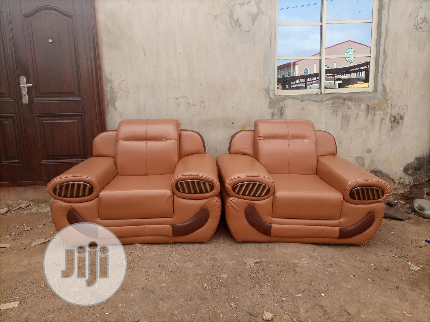 Complete Set Of Learher Sofa For Sale | Furniture for sale in Alimosho, Lagos State, Nigeria