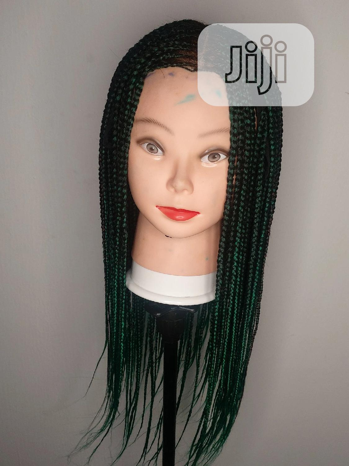 Green Light Weight and Scanty Braid Wig. | Hair Beauty for sale in Victoria Island, Lagos State, Nigeria