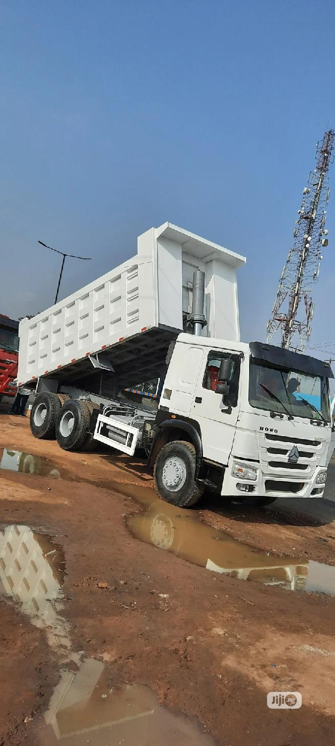 Foreign Used Sinohowo Truck Trailer Head