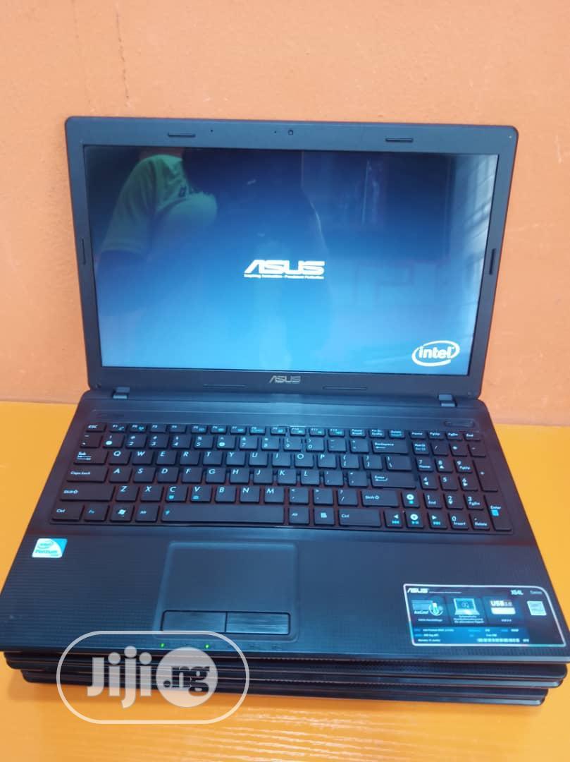 Archive: Laptop Asus X54C 4GB Intel Celeron HDD 320GB